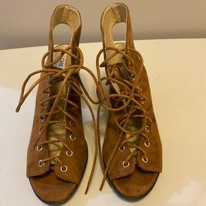 Cape Robbin laced up heel shoes